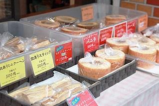 乳糖製菓店頭販売写真